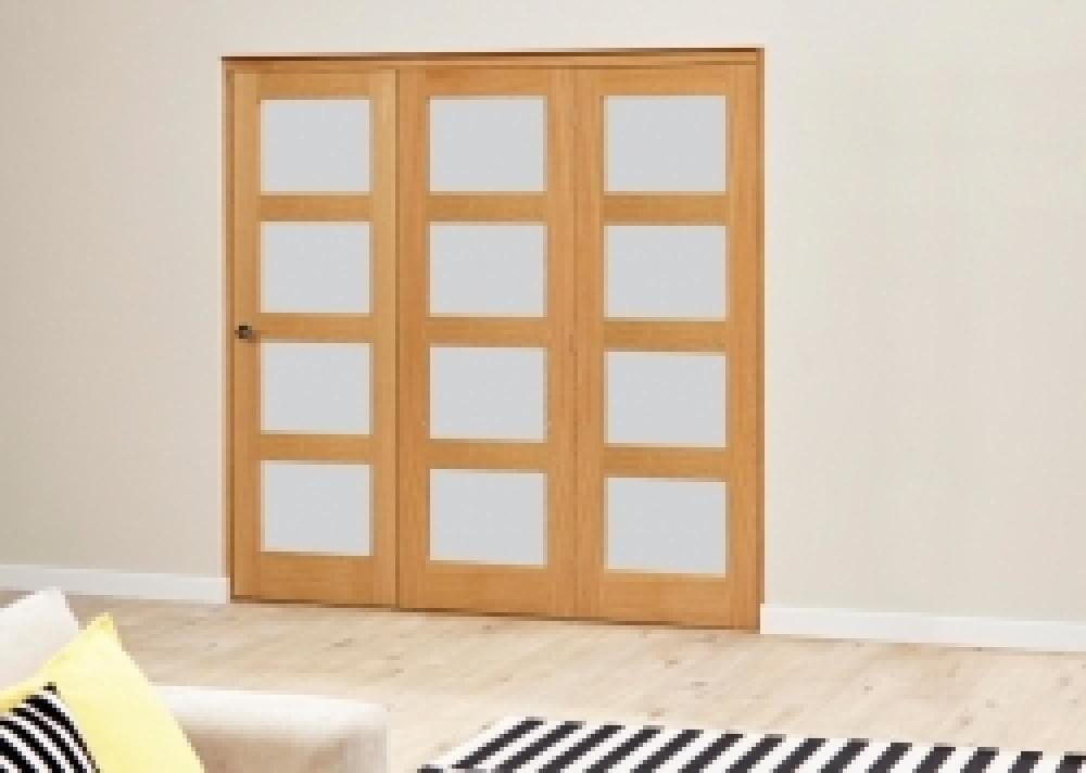 Prefinished Oak 4l Roomfold Deluxe - Frosted Glass Image