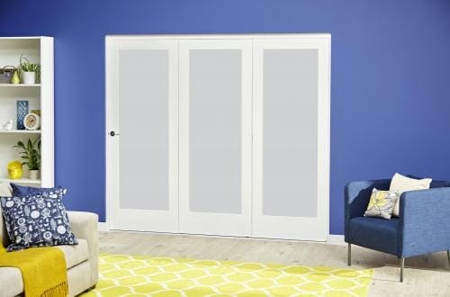 White P10 Frosted Roomfold Deluxe ( 3 x 610mm doors )