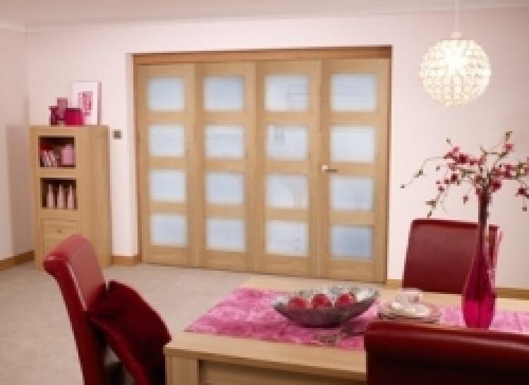 Oak Prefinished 4l Interior Bifold Door (2400mm - 8ft) Frosted Image