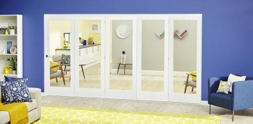 White P10 Roomfold Deluxe ( 5 x 686mm doors )
