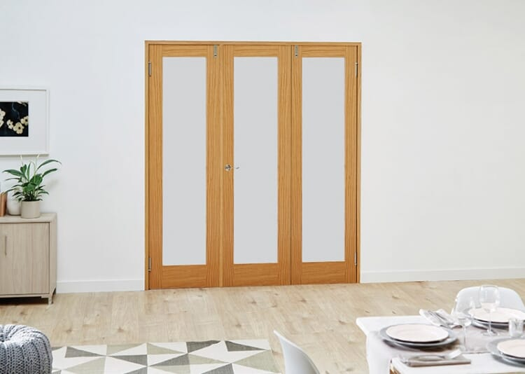 Glazed Oak Prefinished 3 Door Frosted Frenchfold 6ft (1800mm) Set Image