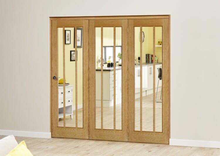 Lincoln Oak 3 Door Roomfold Deluxe (3 X 610mm Doors) Image