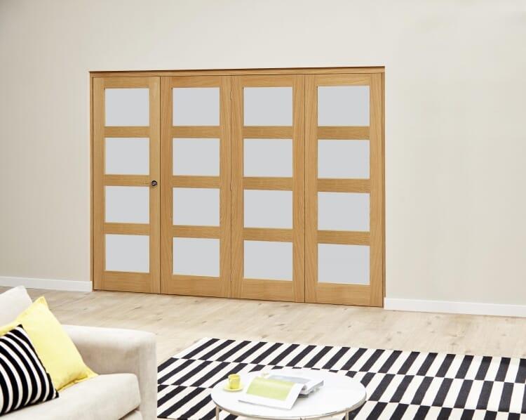 Oak 4l Shaker Glazed Roomfold Deluxe (4 X 610mm Doors) Image