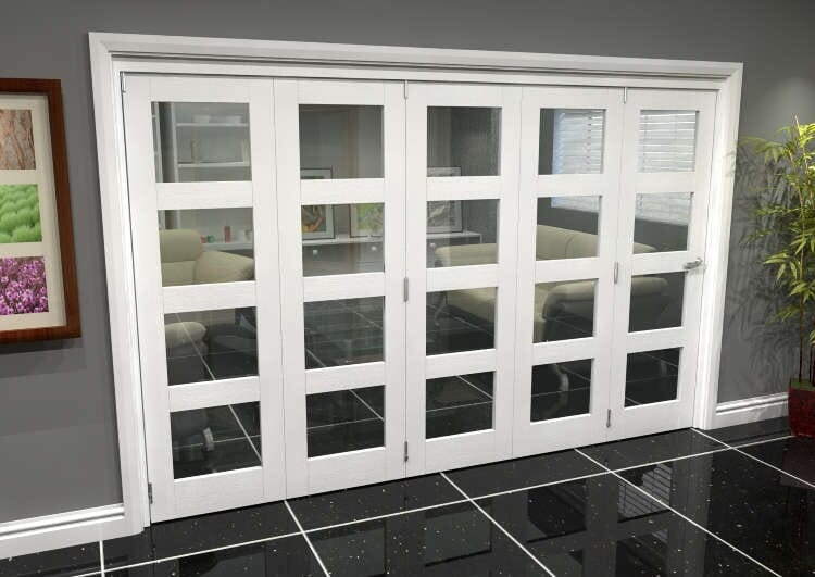White 4l Roomfold Grande (5 + 0 X 610mm Doors) Image