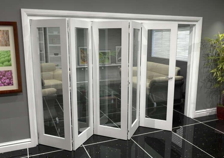 White P10 Roomfold Grande (5 + 0 X 762mm Doors) Image