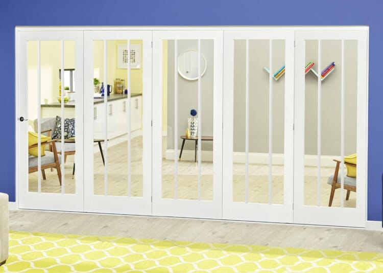 White Lincoln Roomfold Deluxe ( 5 X 686mm Doors) Image