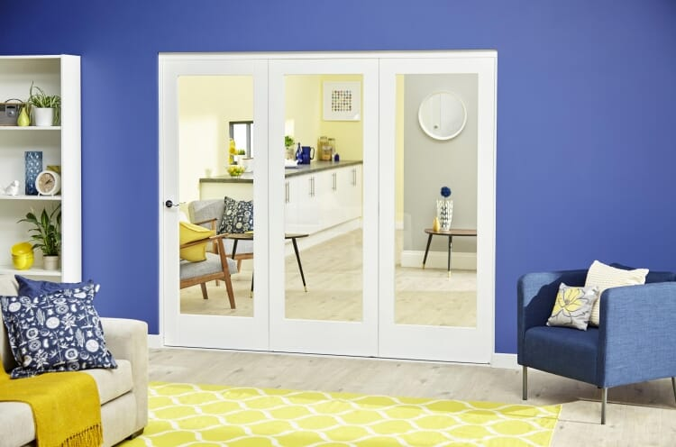White P10 Roomfold Deluxe ( 3 X 686mm Doors ) Image