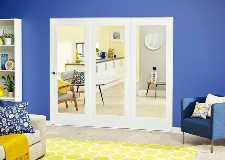 White P10 Roomfold Deluxe ( 3 X 762mm Doors ) Image